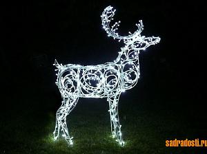 Светодиодный олень фигура